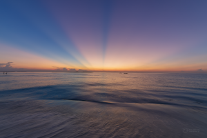 Crepuscular rays from Sandbank