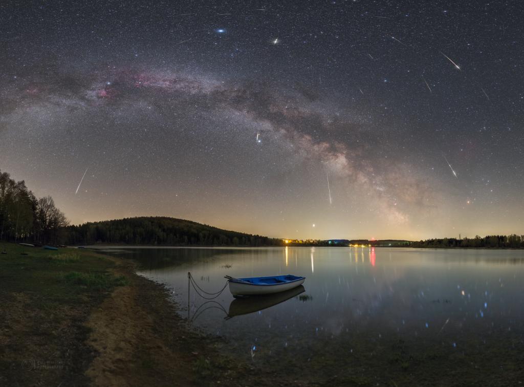 Milky Way arc and Lyrids